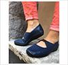 leina-blå-fødder